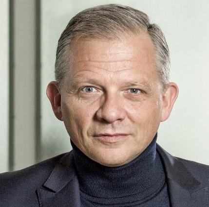 Matthias  Kroener