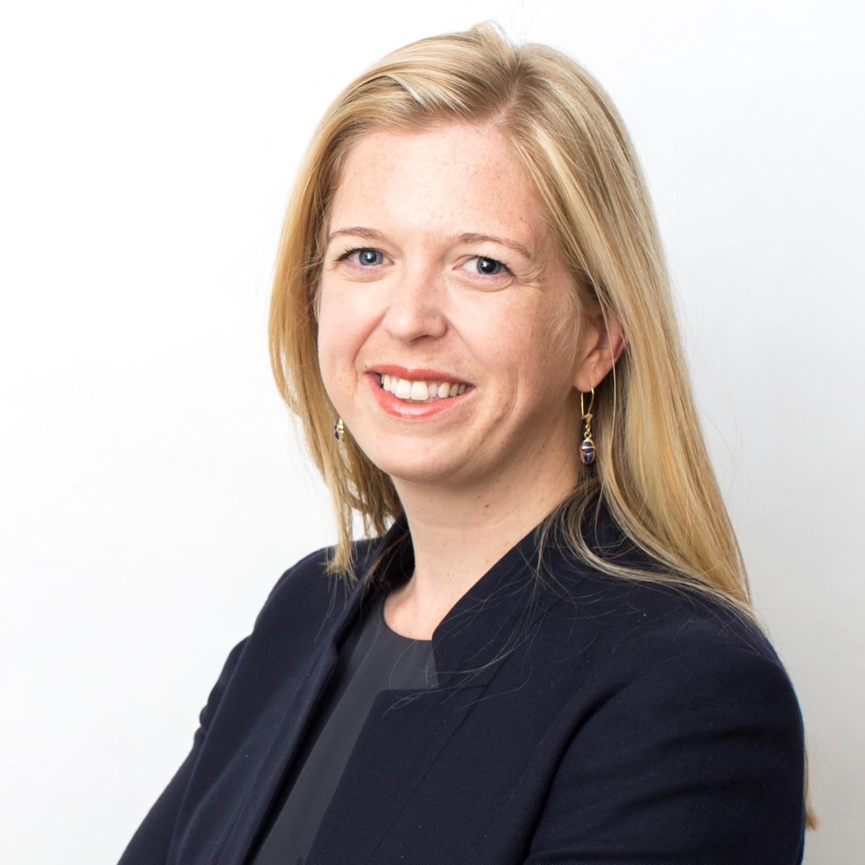 Lesley  Denyes